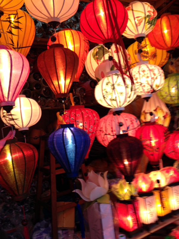 Hoi An Nightmarket Lamp Treasures